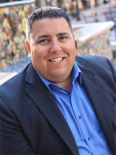 Gabriel Kearney - Real Estate Agent