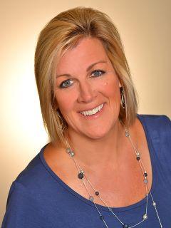 Linda Nelson - Real Estate Agent