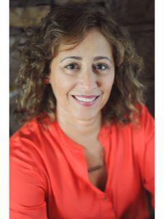 Luisa Dees - Real Estate Agent