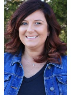 Saundra Dillon - Real Estate Agent