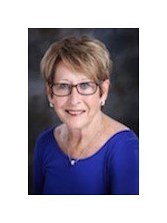 Clara Brinkley - Real Estate Agent