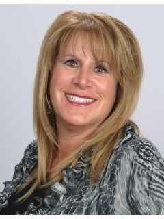 Stacy Lynn Galvin - Real Estate Agent