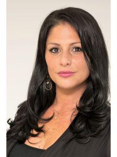 Danielle Girace - Real Estate Agent