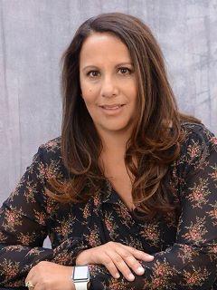 Elida Barnes - Real Estate Agent