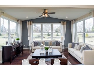 IND-PUL-Bear Creek-Maple Valley-NEW 2017-Interior-Sunroom 1