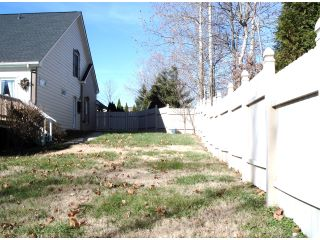 Side YardVinyl Clad Fence