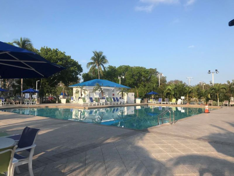 17_Ocean Pointe 5407 Pool