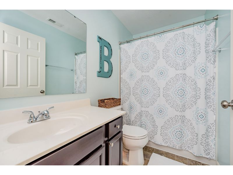 22_Guest Bathroom