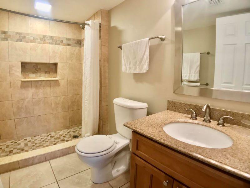 16_Ocean Pointe 5407 Main Bath