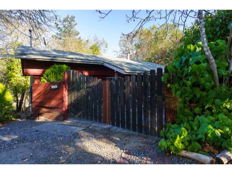 8489 Orchard Road,  Forestville, CA 95436