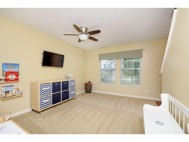 05_Living Room