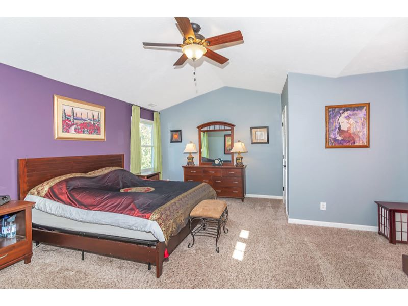 9764 Lakewood Dr Zionsville IN-019-20-Master Bedroom-MLS_Size
