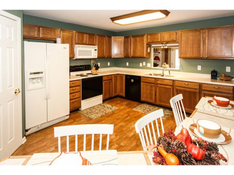 26 Kitchen
