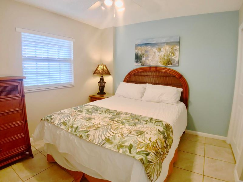 10_Ocean Pointe 5407 Guest Bedroom