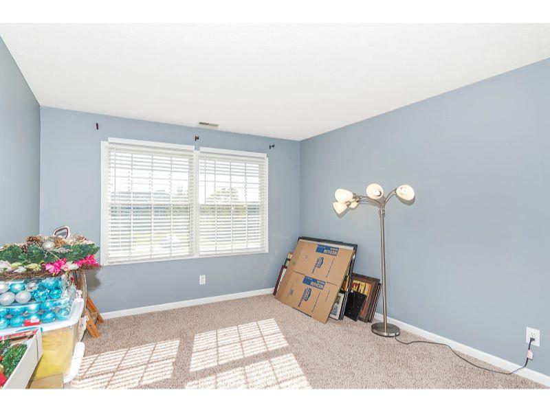 9764 Lakewood Dr Zionsville IN-024-8-Bedroom-MLS_Size