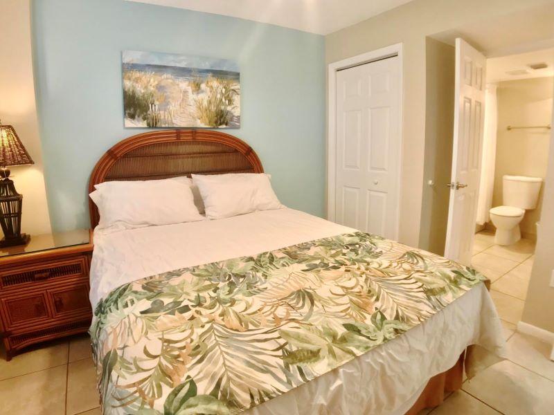 11_Ocean Pointe 5407 Guest Bedroom