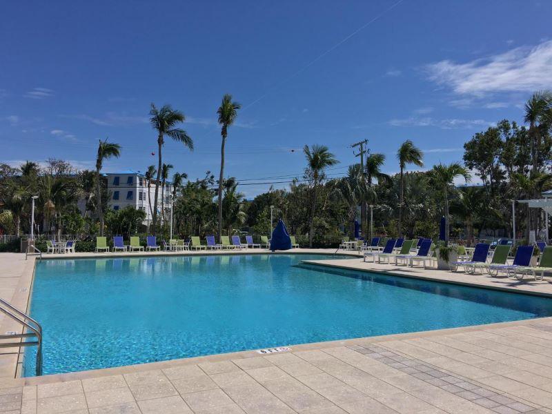 19_Ocean Pointe 5407 Pool
