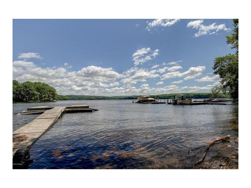 01-Lake Spectacular
