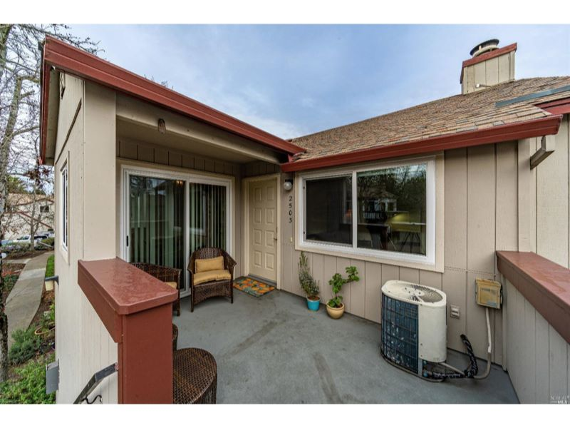2503 Westberry Drive,  Santa Rosa, CA 95403