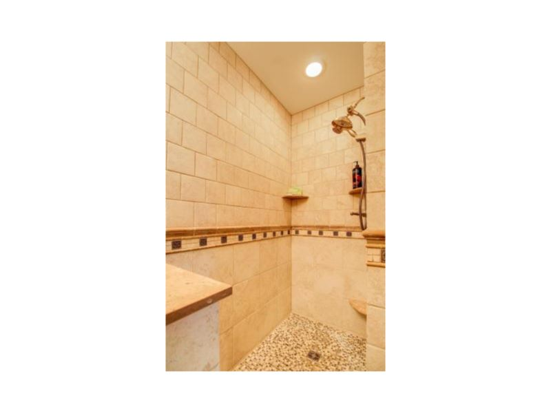 20-Bathroom 3