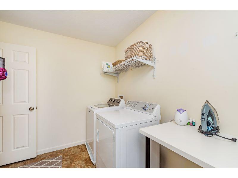 25_Laundry Room