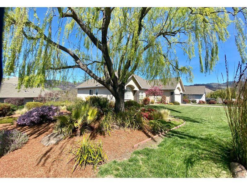 6249 Meadowstone Drive,  Santa Rosa, CA 95409