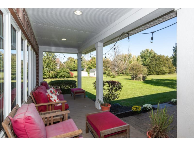 9764 Lakewood Dr Zionsville IN-031-28-Deck-MLS_Size