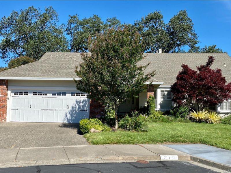 375 Riven Rock Court,  Santa Rosa, CA 95409