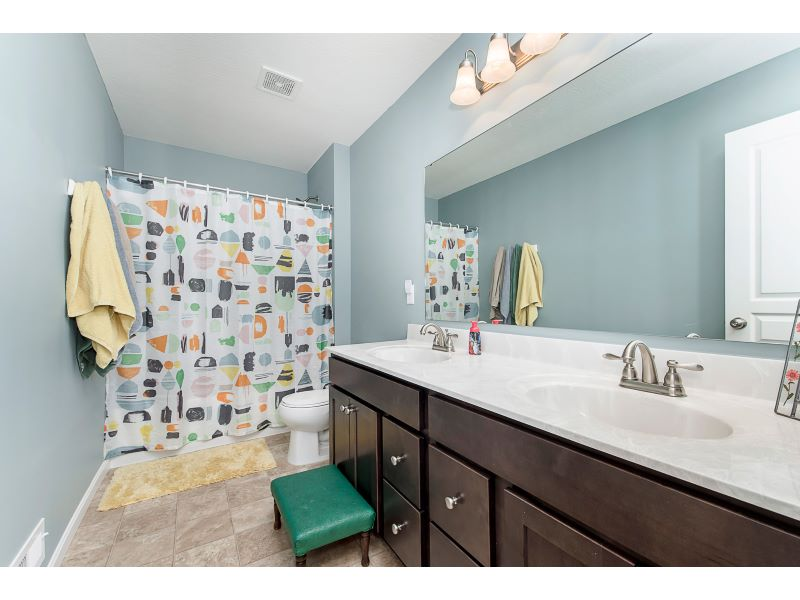 23_Guest Bathroom