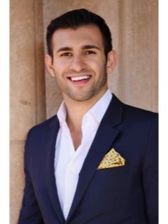 Ariaz Nahavandchi - Real Estate Agent