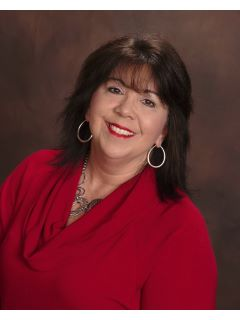 Michelle Garth - Real Estate Agent