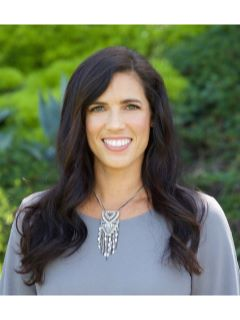 Lisa Carson - Real Estate Agent