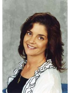 Kelly Brown - Real Estate Agent