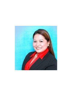 Josie Derheim - Real Estate Agent