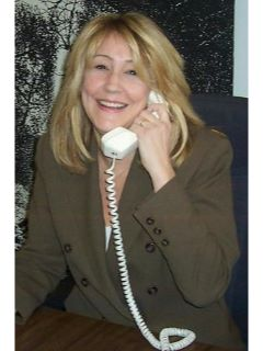 Linda Pietrzak - Real Estate Agent