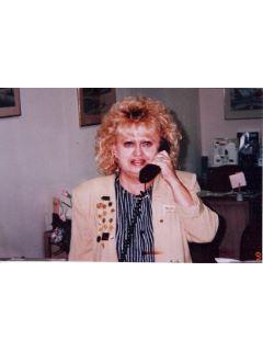 Carolyn Hofmann - Real Estate Agent