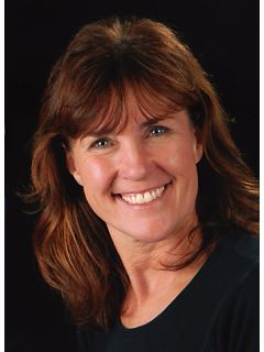 Bonnie Johnson - Real Estate Agent