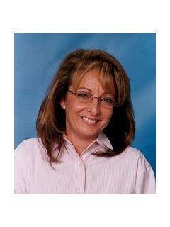 Claudia Marren - Real Estate Agent