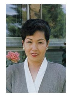 Yumi Hahn - Real Estate Agent