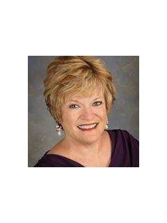 Debbie Hobbs - Real Estate Agent