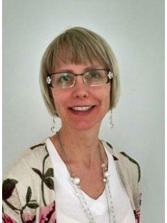 Mara Heinze - Real Estate Agent