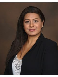 Veronica Chavez - Real Estate Agent