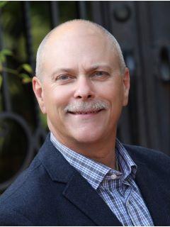 Glen Holmes - Real Estate Agent