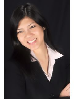Lucy Yip - Real Estate Agent