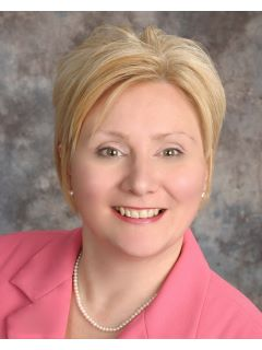 Lucinda Brown - Real Estate Agent