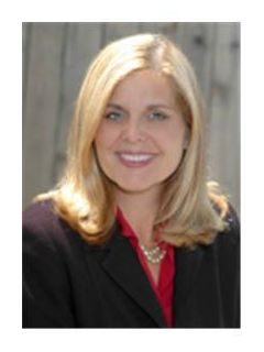 Elizabeth Lamb - Real Estate Agent