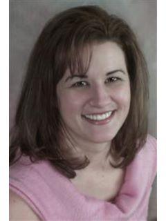 Desiree Soliz - Real Estate Agent