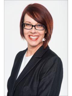 Jennifer Saint - Real Estate Agent