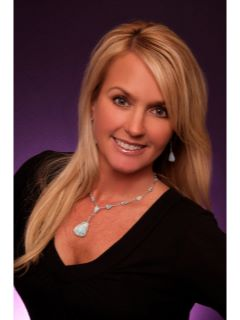 Kelli Gambill - Real Estate Agent
