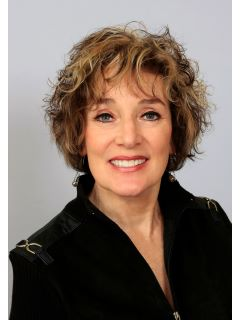 Mary Ellison - Real Estate Agent